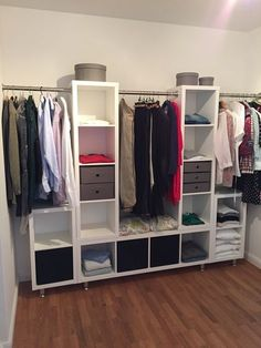The IKEA Kallax series Storage furniture is an important part of any home. Fashionable and wonderfully simple the corner Kallax from Ikea , for example. Ikea Closet Hack, Closet Hacks, Ikea Hack Bedroom, Closet Ideas, Ikea Wardrobe Hack, Closet Bedroom, Bedroom Storage, Spare Room Closet, Algot Ikea
