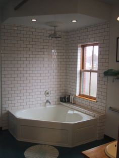 Love The Combo Jetted Tub And Shower Ideadouble Curtains And Amazing Corner Soaking Tubs For Small Bathrooms Decorating Inspiration