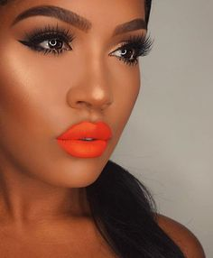 Corals by @makeupshayla #style #makeup #fashion #corallips #highlight #CostaStyle