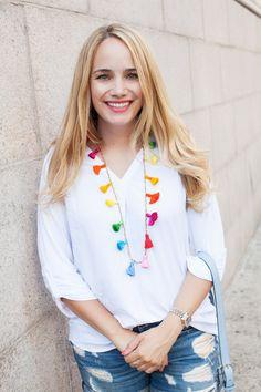 DIY Beaded Tassel Necklace via The Stripe Beaded Tassel Necklace, Diy Necklace, Necklace Ideas, Necklaces, Bracelets, Diy Jewelry, Beaded Jewelry, Jewelry Making, Jewelry Ideas