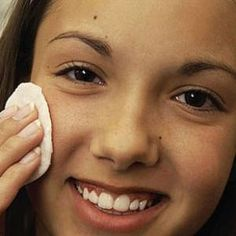 6 SCAR REMOVING NATURAL TREATMENTS FOR ACNE SCARS