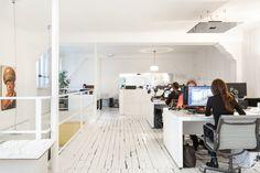 ¿Cómo es trabajar en una oficina de arquitectura en París? Marc Goodwin y Mathieu Fiol registran estas 16,LAN. Image © Marc Goodwin