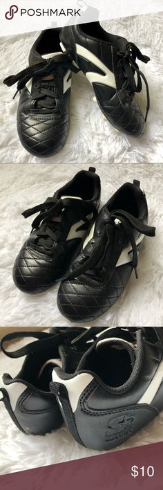 6a6754a78e7 STARTER • Youth Cleats Soccer Shoes • Size 2. STARTER • Youth Cleats Soccer  Shoes