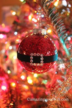 Santa Belt Christmas Ornaments! By Goodwill Home Decor Expert Merri Cvetan