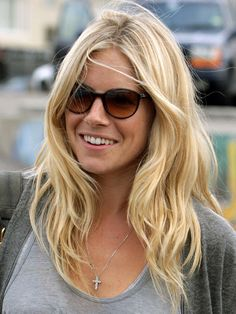 Sienna Miller. Love this hair colour.