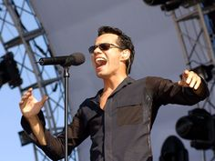 Marc Anthony: Speaking his mind - CBS News