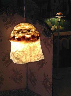 Lampshade/lampenkapje Bonnet de Lune uit de door MargrietThissen