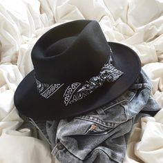 Black Bellaire Hat   josetteetbernard.com
