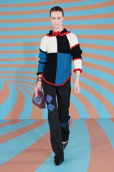 Kiko Kostadinov Fall 2020 Ready-to-Wear Fashion Show - Vogue Spring Fashion 2017, Fashion 2020, Autumn Fashion, London Fashion, Vogue Paris, Knit Fashion, Fashion Outfits, Fashion Trends, Colour Blocking Fashion