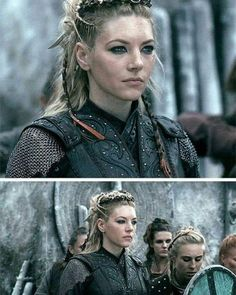 Katheryn Winnick as Queen Lagertha Viking Braids, Viking Hair, Viking Life, Viking Warrior, Viking Queen, Celtic Hair, Viking Dress, Viking Woman, Vikings Show