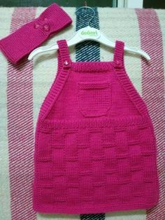 A nice model with an easy-to-make appearance. years old … - Babykleidung Knitting For Kids, Baby Knitting Patterns, Crochet For Kids, Baby Patterns, Knit Crochet, Baby Cardigan, Knit Baby Dress, Diy Dress, Baby Sweaters