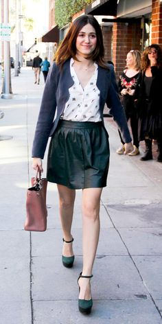 shop Emmy Rossum's adorable outfit