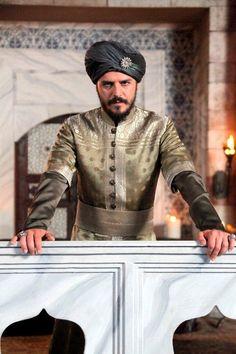The Magnificent Century - Şehzade Mustafa Sultan Suleyman, Kosem Sultan, Achaemenid, Great King, Fantasy Costumes, Movie Costumes, Arabian Nights, Pakistani Bridal, Ottoman Empire
