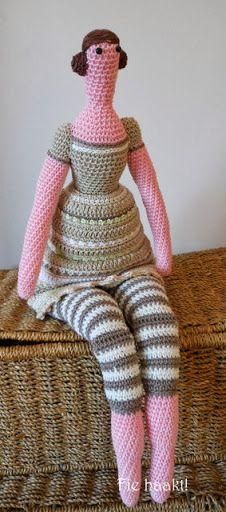 Fie bake, sew and crochet !: Crocheted Tilda doll # 2