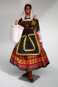 Spain Marin Chiclana Doll Lagartera   -