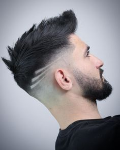 A little prom hair inspiration. ❤️ If you can't decide how to wear your hair. - A little prom hair inspiration. ❤️ If you can't decide how to wear your hair for prom, we can - Cool Hairstyles For Men, Boy Hairstyles, Cool Haircuts, Haircuts For Men, Updos Hairstyle, Beard Haircut, Fade Haircut, Hair And Beard Styles, Hair Styles