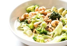 Chicken mango curry with broccoli and cashew nuts. Quick Recipes, Healthy Recipes, Healthy Food, Mango Curry, Pasta Salad, Broccoli, Potato Salad, Workout Trainer, Cabbage