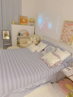 Cute Bedroom Decor, Room Design Bedroom, Room Ideas Bedroom, Pastel Room Decor, Deco Studio, Minimalist Room, Aesthetic Room Decor, Cozy Room, Dream Rooms