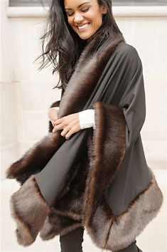 ddc355edcbae39 19 Best Fall Faux Fur Fashion images