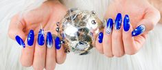 Cobolt - Here you can find winter nail designs that look elegant and lovely. We have picked amazing winter-themed nail designs that can reveal your creativity.