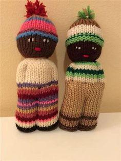 Resultado de imagen de Comfort Dolls Knitting Patterns Knitted Doll Patterns, Knitted Dolls, Crochet Dolls, Knitting Patterns Free, Free Knitting, Baby Knitting, Crochet Patterns, Knitted Baby, Crochet Hooded Scarf