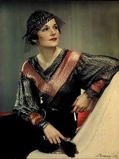 1936   Flickr - Photo Sharing!