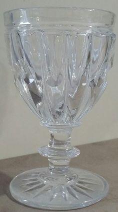 Grand verre calice en cristal Baccarat modèle Bambou, circa 1833