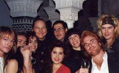 Axl Rose, Erin everly , Michelle Bruyere Varga, Lola, Matt, Juliet, Josh, Roxanna, Mario e Duff McKagan.