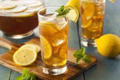 8 Things Only Southerners Know About Sweet Tea : Food Network Bourbon Drinks, Whiskey Cocktails, Tea Drinks, Beverage, Iced Tea Recipes, Cocktail Recipes, Whiskey Recipes, Stevia, Making Iced Tea