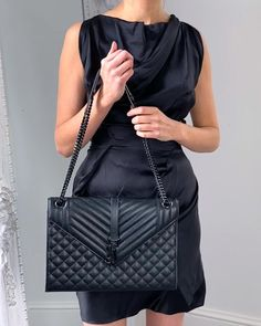 Discover the top 10 best designer handbags in out latest video on Youtube. Handbagholic.