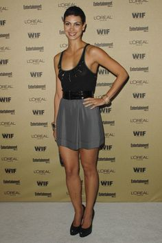 Morena Baccarin weight, height and age. We also gathered bio facts that you probably didn't even know. Beautiful Celebrities, Beautiful Actresses, Beautiful Women, Beautiful Smile, Amazing Women, Morena Baccarin Deadpool, Great Legs, Nice Legs, L'oréal Paris