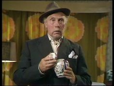Grandad with the urn from Only Fools and Horses British Tv Comedies, British Comedy, Only Fools And Horses, Old Faces, Horse Quotes, Comedy Tv, Vintage Tv, Clint Eastwood, Horse Pictures