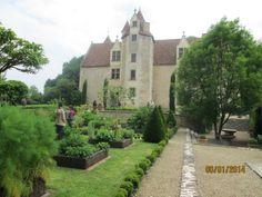 Le chateau de la Motte, dans son plan et son élévation, n'a subi aucune modification depuis sa construction et pour cela, c'est un rare témoignage de son époque.
