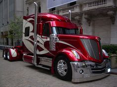 International Lonestar, Already-Unique Truck Customized Más Big Rig Trucks, Show Trucks, Pickup Trucks, Truck Drivers, Peterbilt Trucks, Custom Big Rigs, Custom Trucks, Transport Bus, Camping Car
