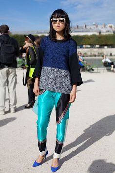 STREET STYLE SPRING 2013: PARIS FASHION WEEK - A casual pairing of blues and blacks is fresh and unfussy.
