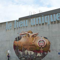 Street art Graffiti Nantes Moko et Ryngar Lieu Unique Nantes, Finger Painting, Street Art Graffiti, Guerrilla, Art Pages, Banksy, Urban Art, Graphic, Cool Artwork