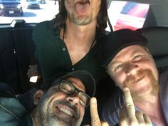So cool  love you guys #TWDSDCC Daryl, Jeffrey and Michael 💋