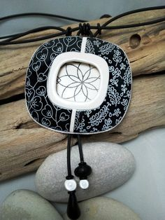Black & white pendant, silkscreen, polymer clay jewerly