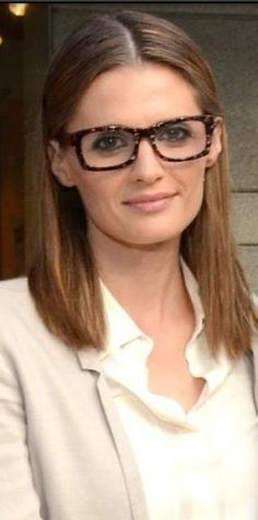 #Stana Katic looking awesome in those frames.