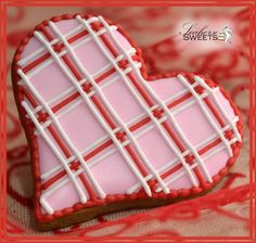 Heart cookies with stringwork