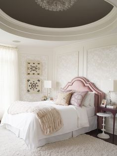 // I N T E R I O R S // to that time I designed a room for a princess inside of a turret in westhampton beach 💕design by… Interior Design Tips, Interior Design Inspiration, Room Inspiration, Lillian August, Chandelier Bedroom, Transitional Bedroom, Beach Design, Interior Photography, White Bedroom