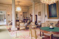 O castelo de Valençay no Vale do Loire, na França é um dos incríveis châteaux dessa região. Mas com mais de mil castelos, um leitor me perguntou como escolher. Qual eu devo conhecer? No caso do Valençay, separei 5 motivos para você conhecer essa maravilha!