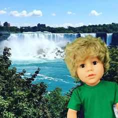 Where in the world is My Pal for Going Green?? Visiting Niagara Falls with our founder (and my beloved mother) Loretta Boronat. A perfect place to appreciate the beauty of nature and learn about the importance of taking good care of our planet!