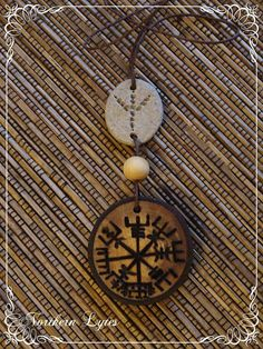 Raven track Vegvisir - the Viking Compass - Bindrune Pendant