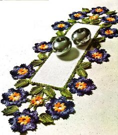 crochet doily, table decoration, center piece , table runner PATTERN (CHART)