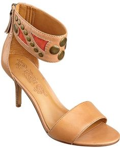 #NineWest                 #Women #Shoes             #sandal #stores #sole #ankle #available #closure #zipper #upper #west #band #single #style #leather     GRANDOISE                 Single sole 3 1/4 sandal with ankle band detailing. Back zipper closure. Leather upper. This style is available exclusively @ Nine West Stores & ninewest.com.                        http://pin.seapai.com/NineWest/Women/Shoes/1076/buy