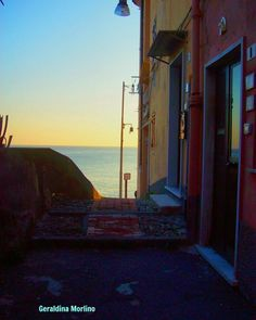 Scendendo nella luce #genova #quinto #genovamorethanthis #igersgenova #ig_genova #instagood #instagenova #loves_genova #ig_liguria #ig_italy #ig_italia #italy #italia #scatto_italiano #scatti_italiani #liguria #ig_Liguria #liguriainside #turismoinliguria by geraldina_morlino