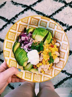 Epicurienne et Alors ? Semaine 14 (2021) Naan, So Girly Blog, Brunch, Cobb Salad, Food, Turkey Cutlets, Eating Ice Cream, Fish Finger, Essen