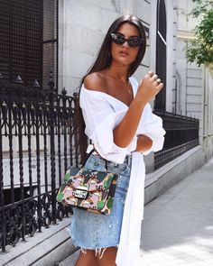 Fashion queen @martalozanop loves plush vibes. Visit furla.com and discover the new Furla Pre-Fall 2017 Metropolis Top Handle. #furlafeeling #fashion #accessories #handbag #