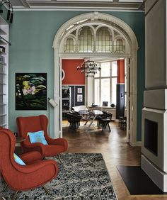 Entrance hall with walls painted in Farrow & Ball Dix Blue. Image from Decorating with Colour.